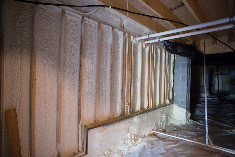 Foam-insulation-in-sealed-crawlspace.jpg