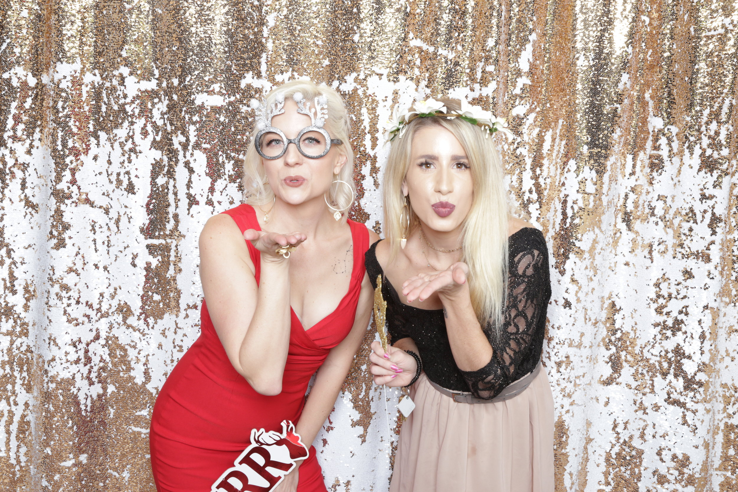 SoCal Blogger Babes | Holiday Party
