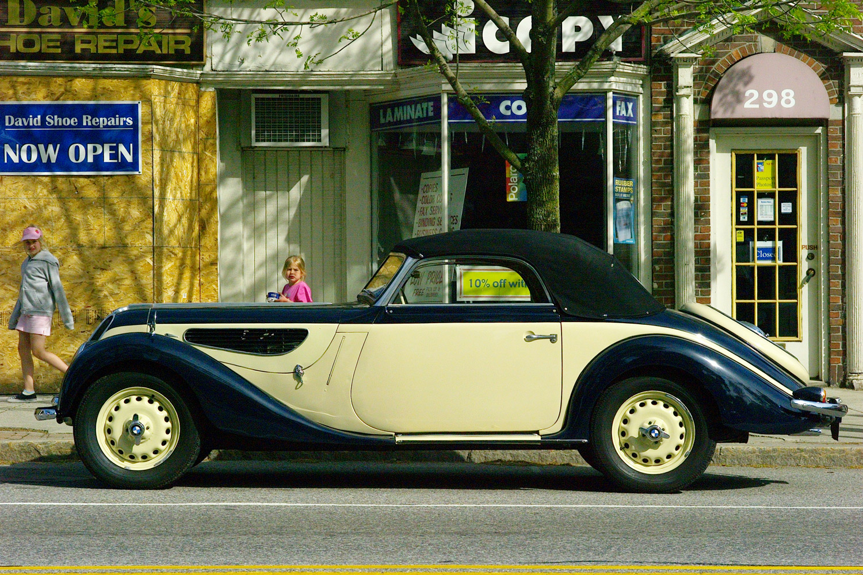 BMW_Vintage.jpg