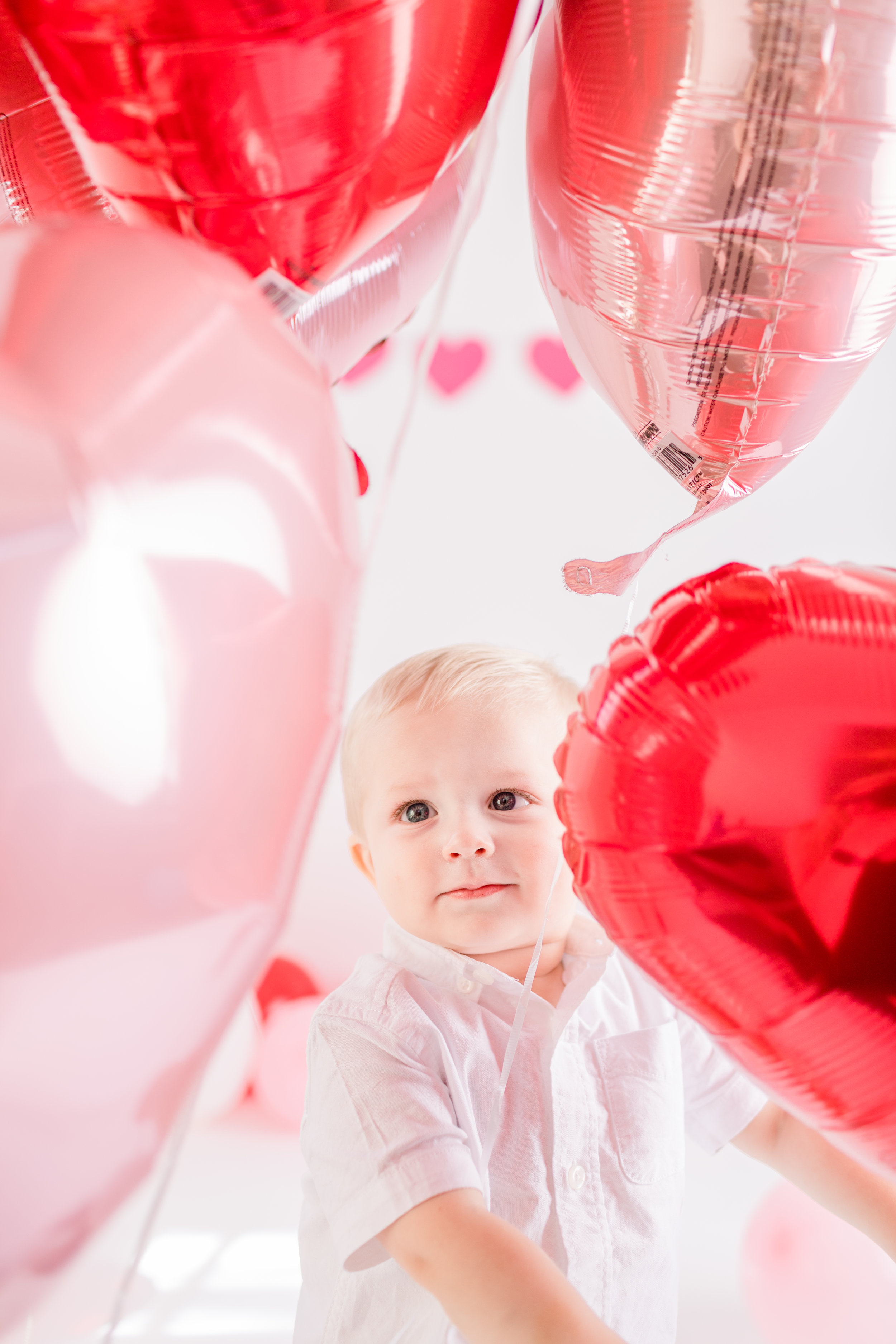 valentines-day-balloons-cute-baby-photos