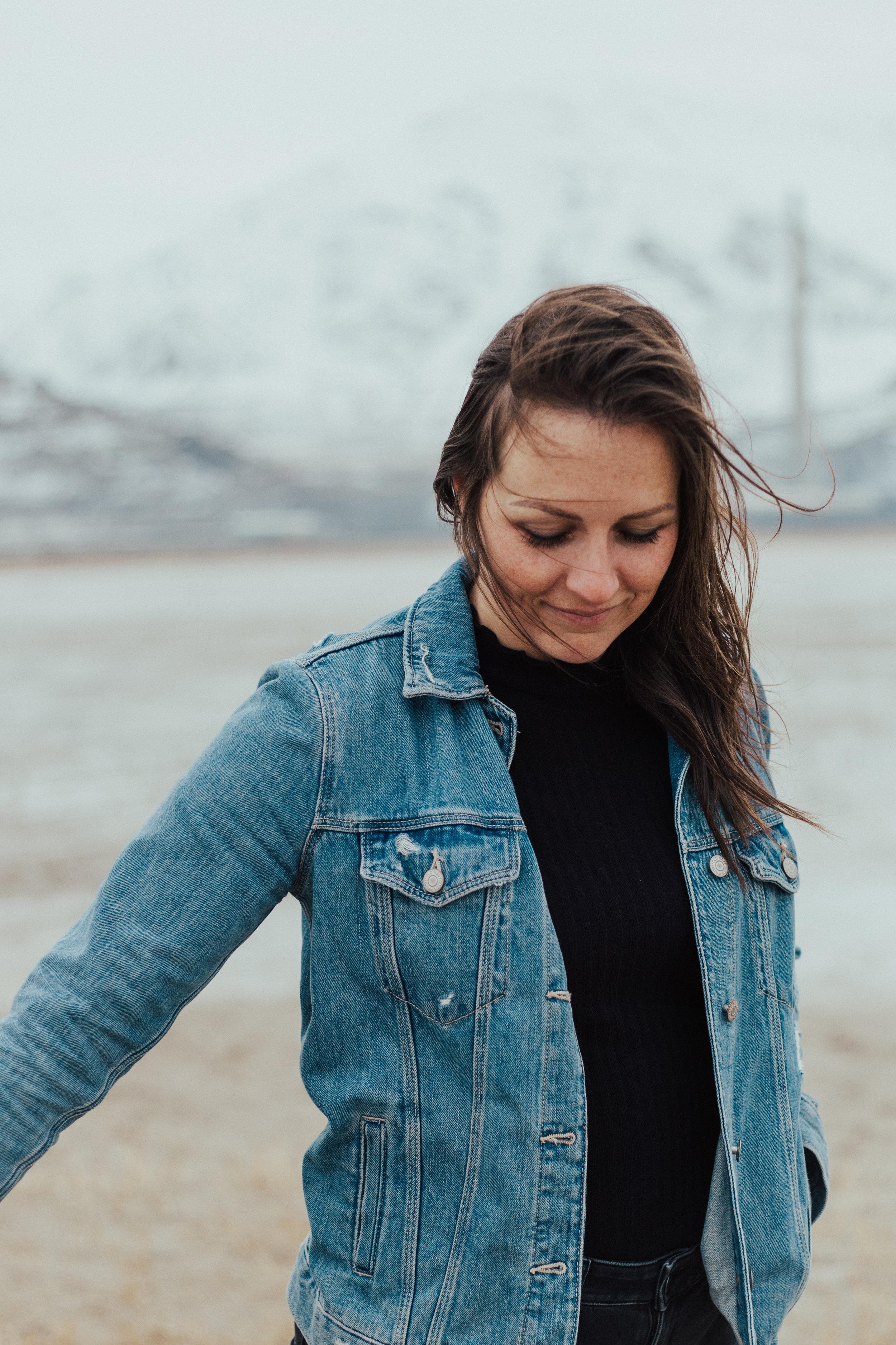 Windy winter portraits Salt Lake Utah photographer