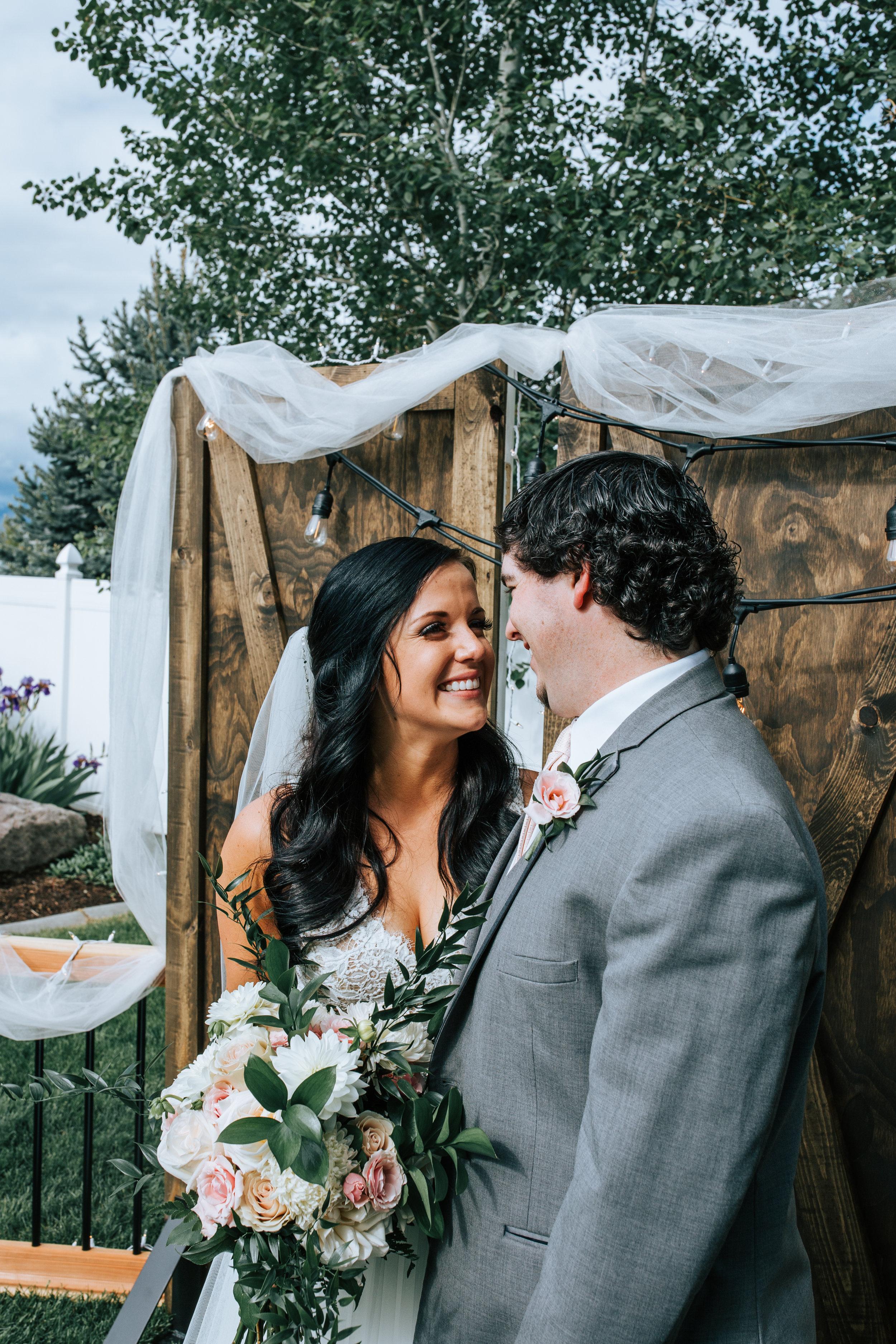 Utah Bride and groom backyard wedding
