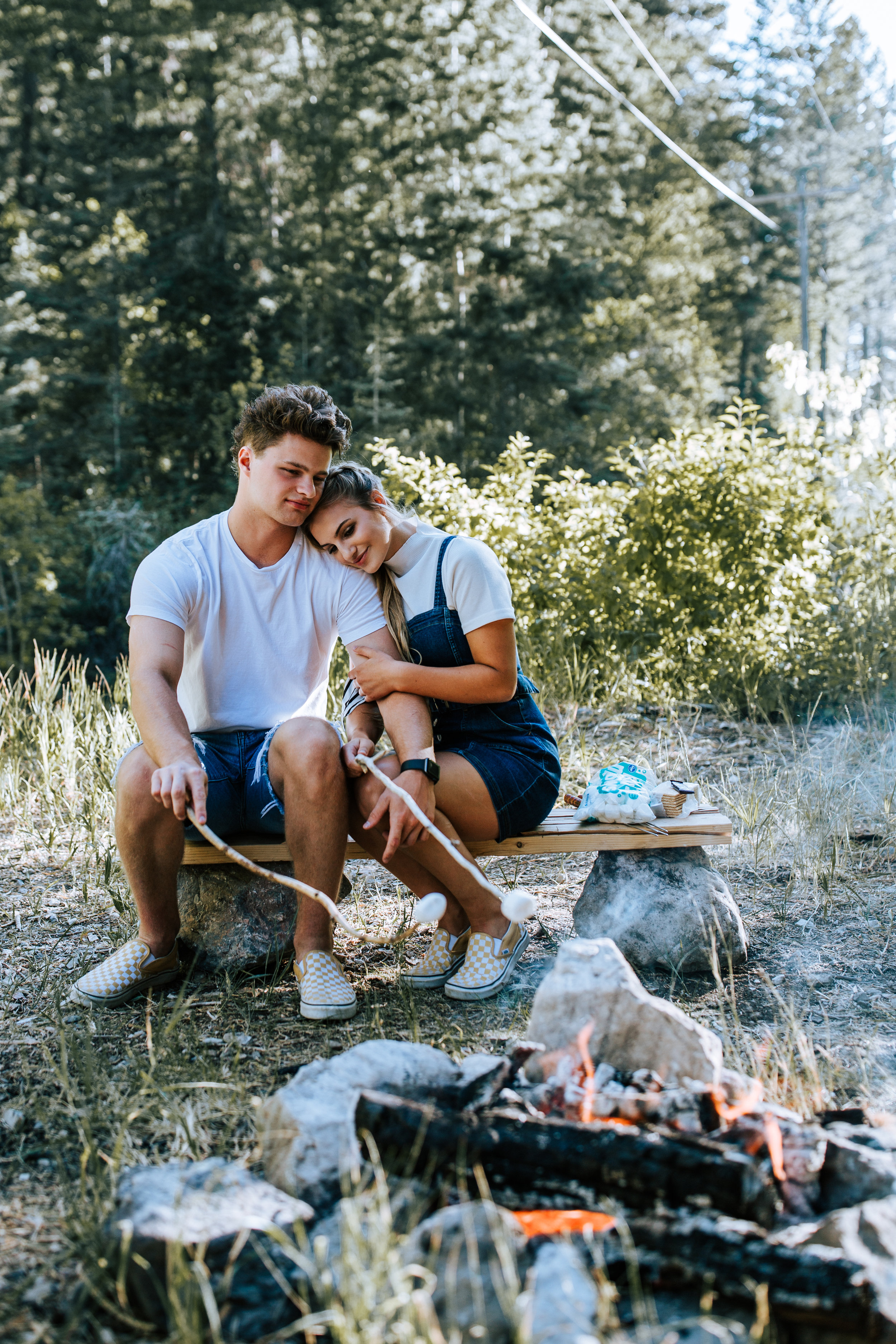 Cozy campfire couple in mountains Utah photographer