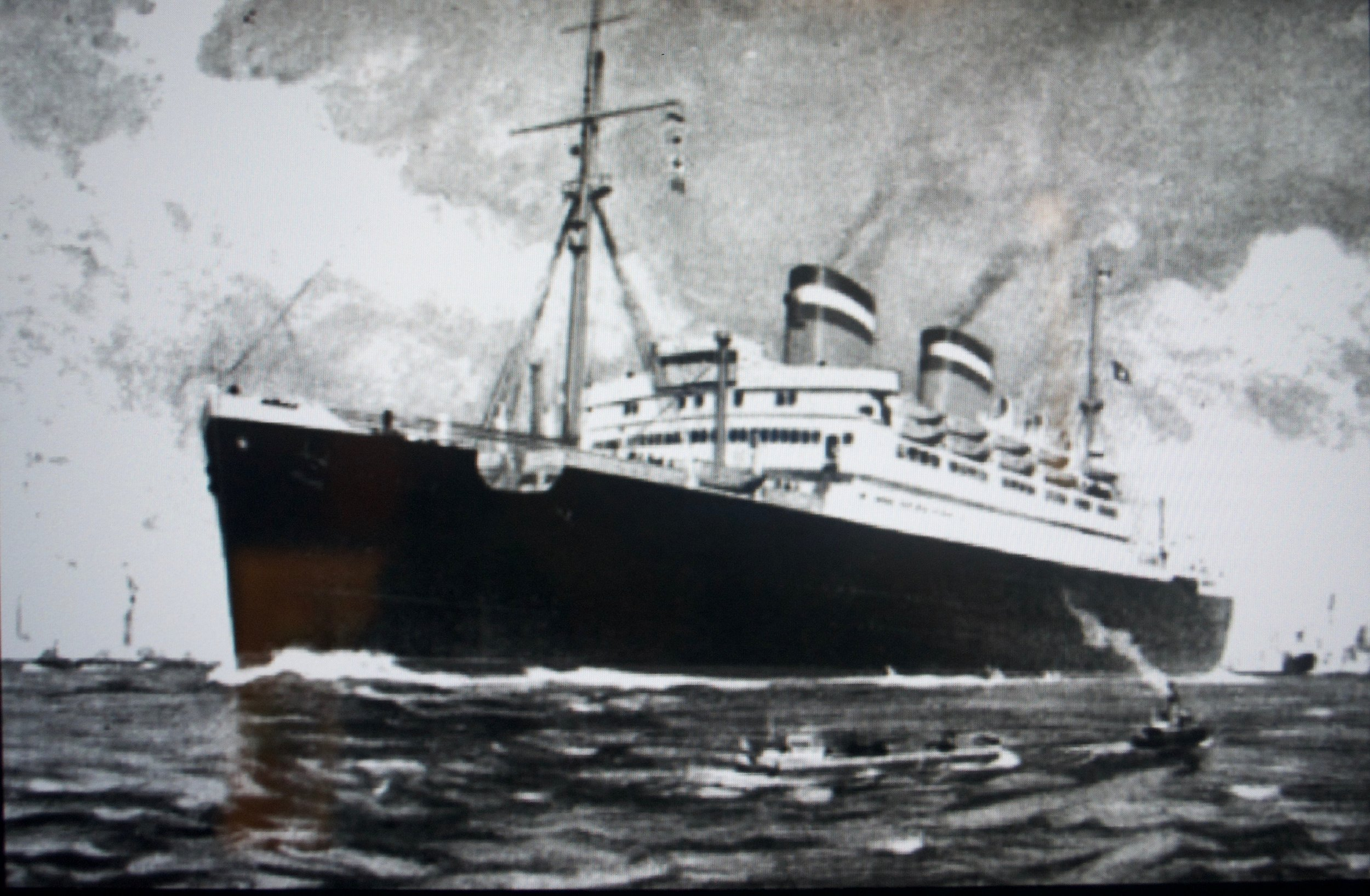 Lloyd Triestino passenger ship bringing Jewish refugees from Trieste to Shanghai in the 1930s. [Shanghai Jewish Refugees Museum]