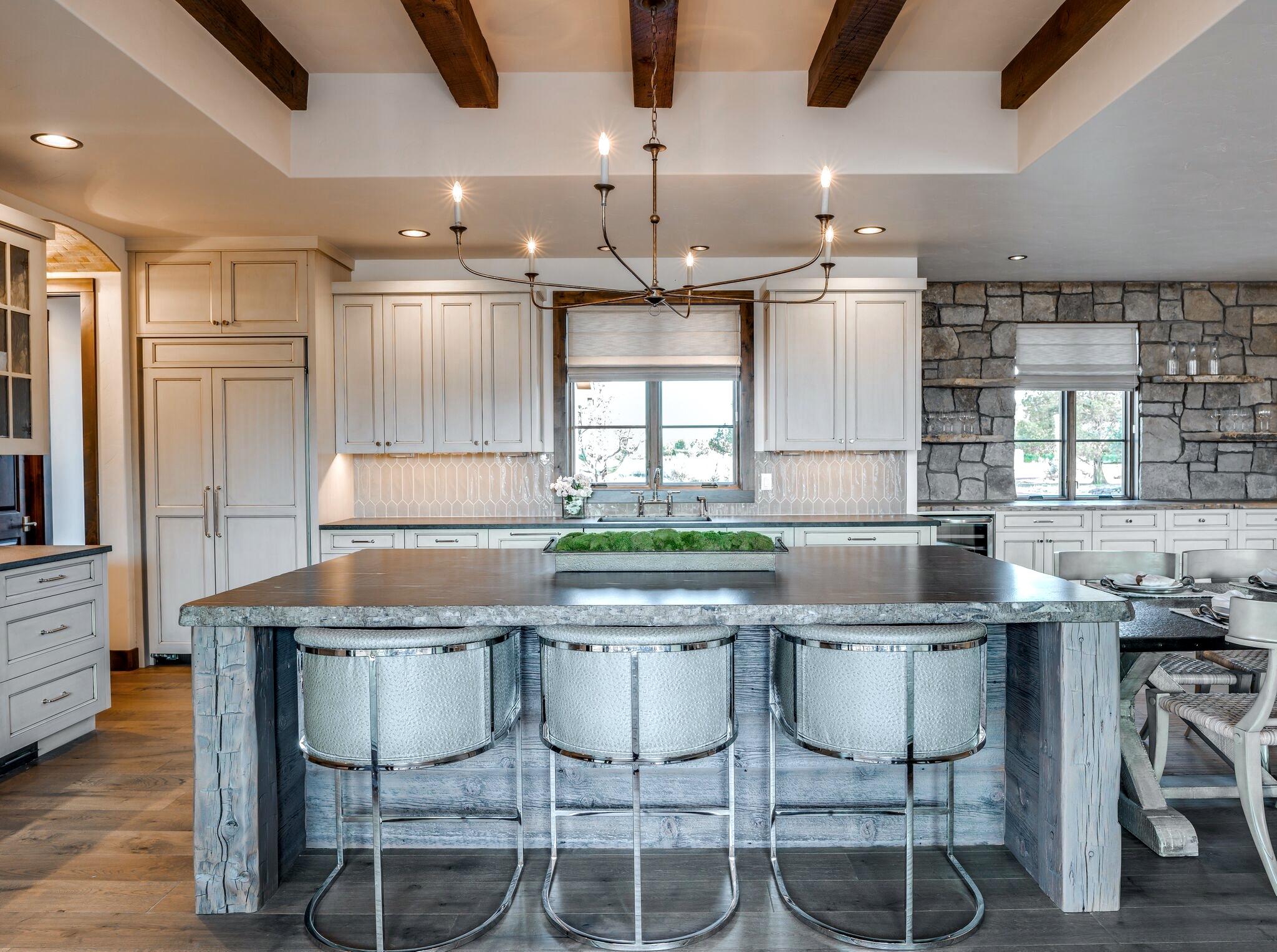 kitchen 49 (edited-Pixlr).jpg