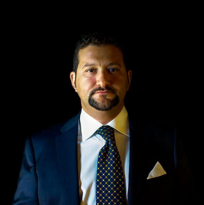 Andrea Menichetti, Manager di Caino - È fantastico che Superb ci permetta in maniera semplice di ottenere ed archiviare i dati dei nostri clienti. Con GXM è facile prenotare direttamente dal telefono, ovuqnue tu sia. Inoltre GXM ha ridotto drasticamente la nostra percentuale di no-show sotto l'uno per cento