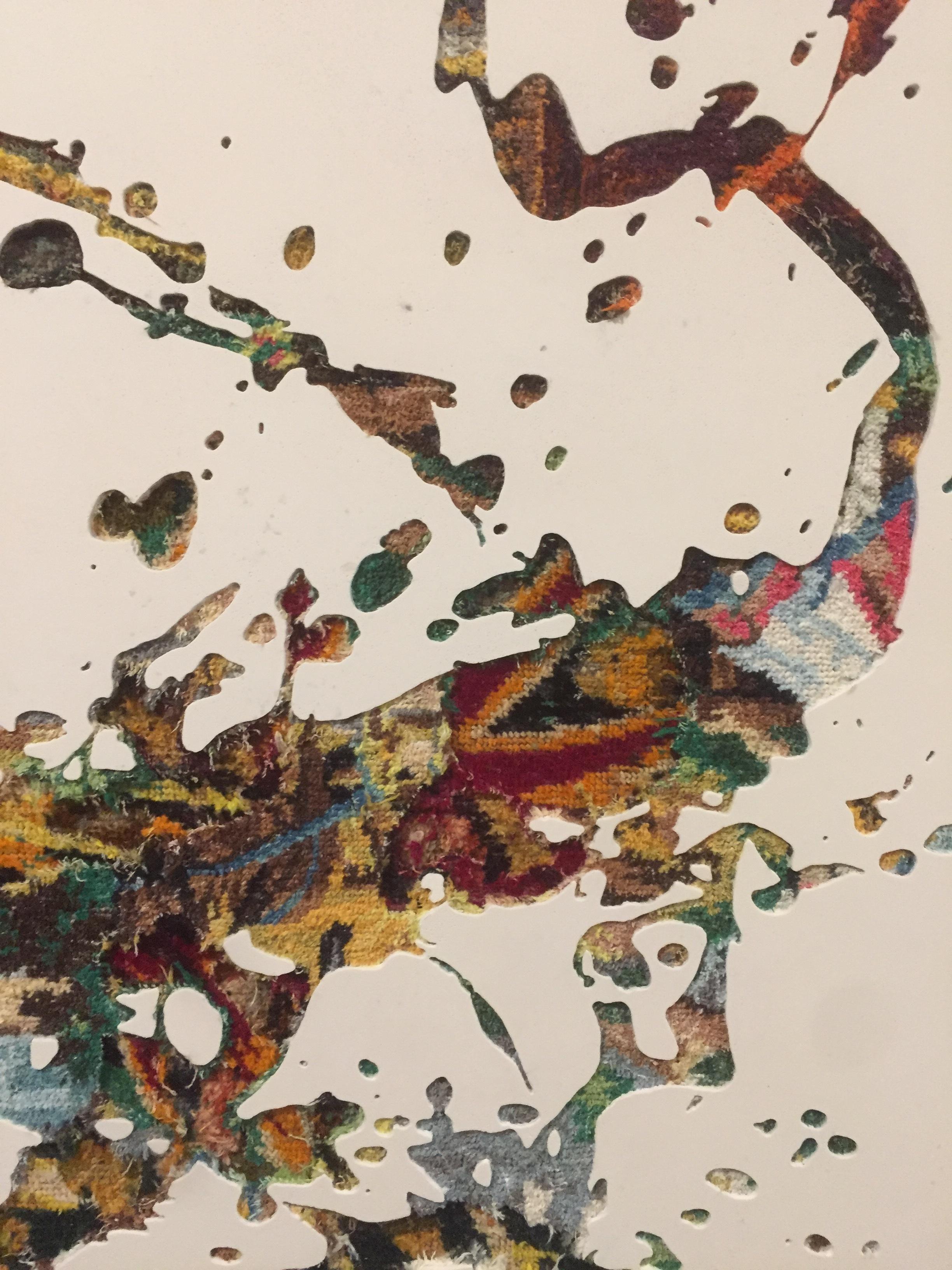 Clarence Guéna    Aspersion , 2018  Canevas chinés, résine, gravure manuelle sur bois  90cm x 65cm x 5,5cm    Prix : 3 200€