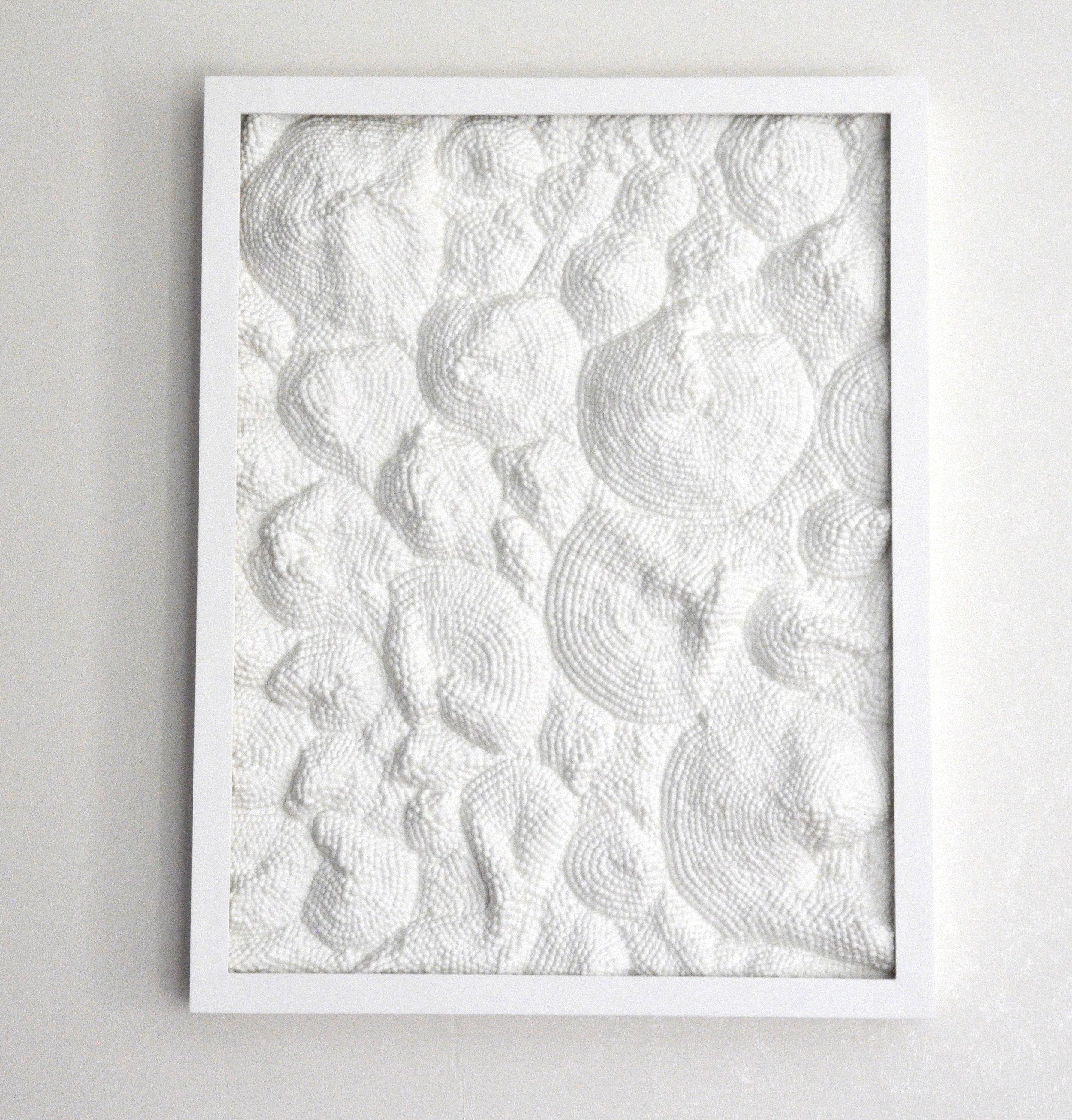 Coquillages  , 2018   Fibre de coton et résine   70 cm x 55 cm x 6.5 cm