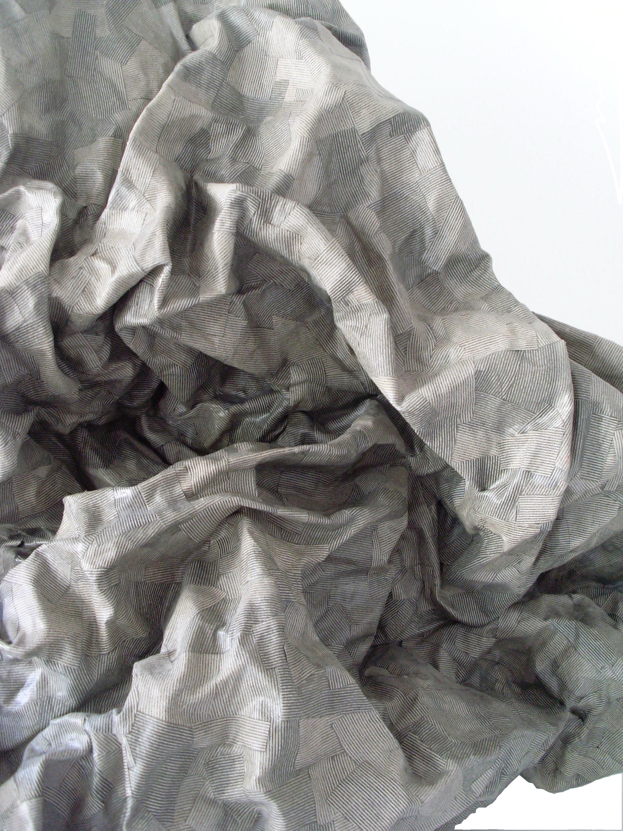 Emma Nony     Etude pour une figure ailée   - détails, 2015  Collage sur papier de morceaux de tissu récupéré  56 cm x 26 cm x 47 cm