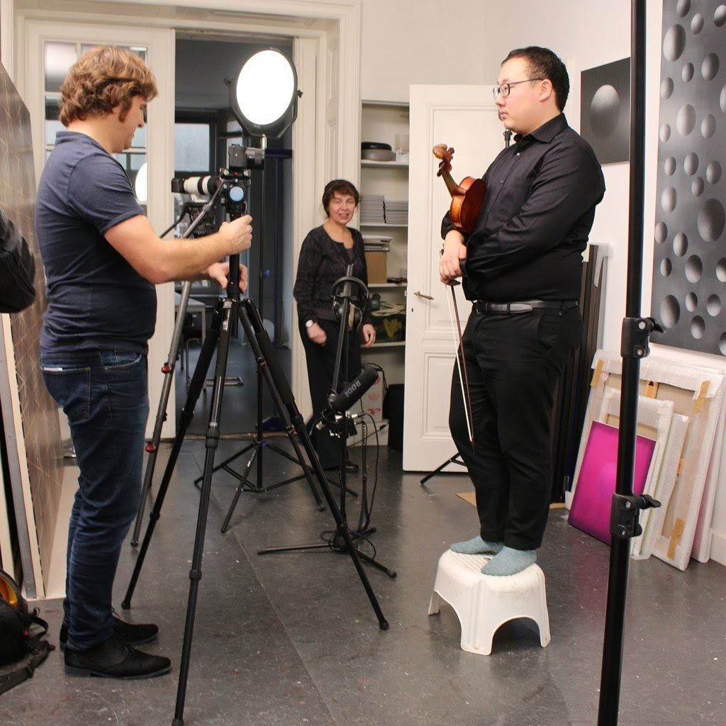 Sylvain Chen, initiator and violin player at L' Atelier Sensible