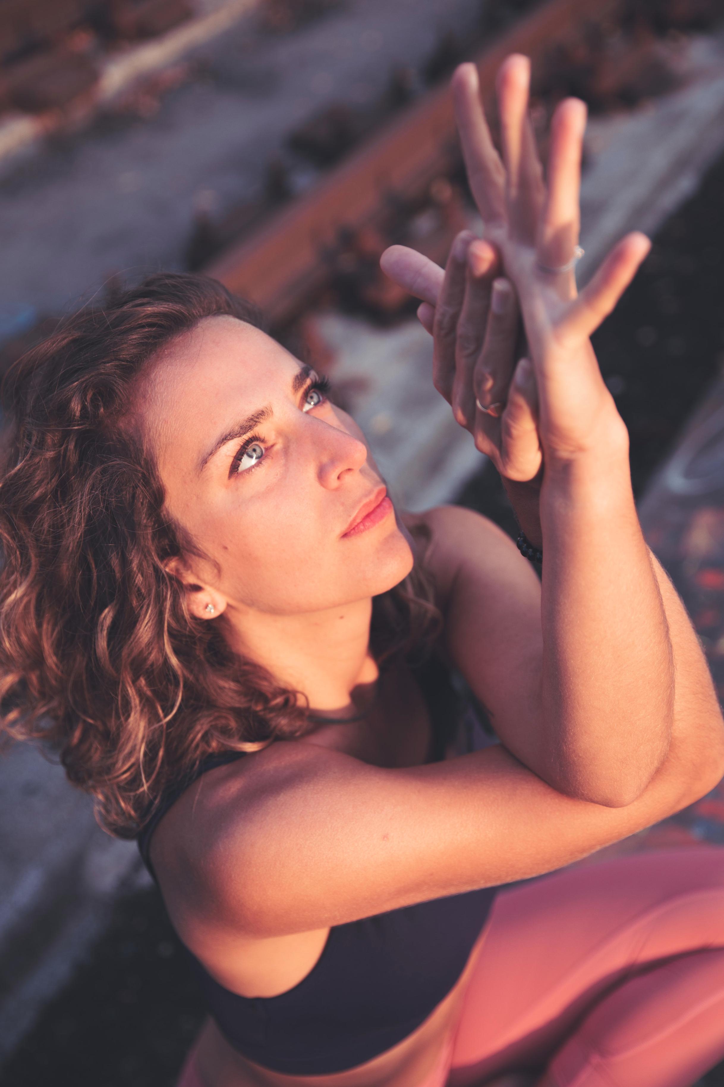 annejulie+yoga