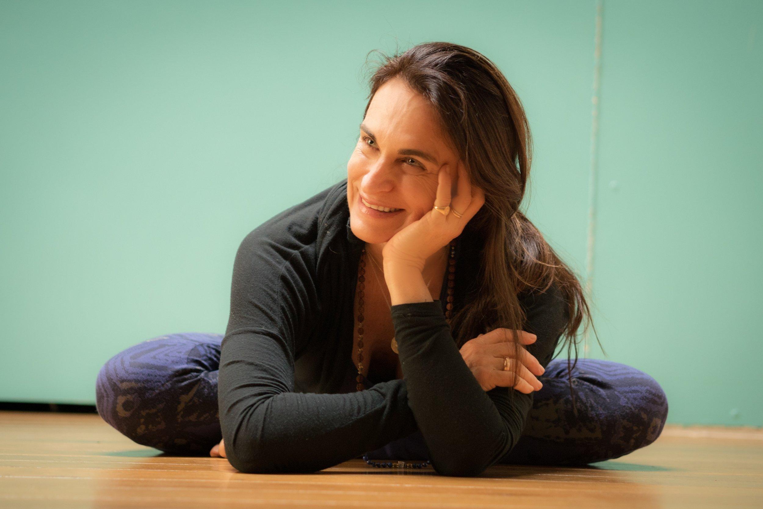 Mélanie Bouys - « Vivre ma passion du yoga de la femme et la partager!»