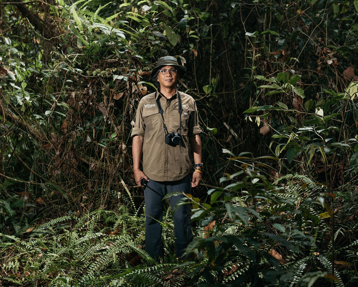 Portrait of Meyner Nusalawo, Protection and Enforcement Manager of PT Rimba Makmur Utama.