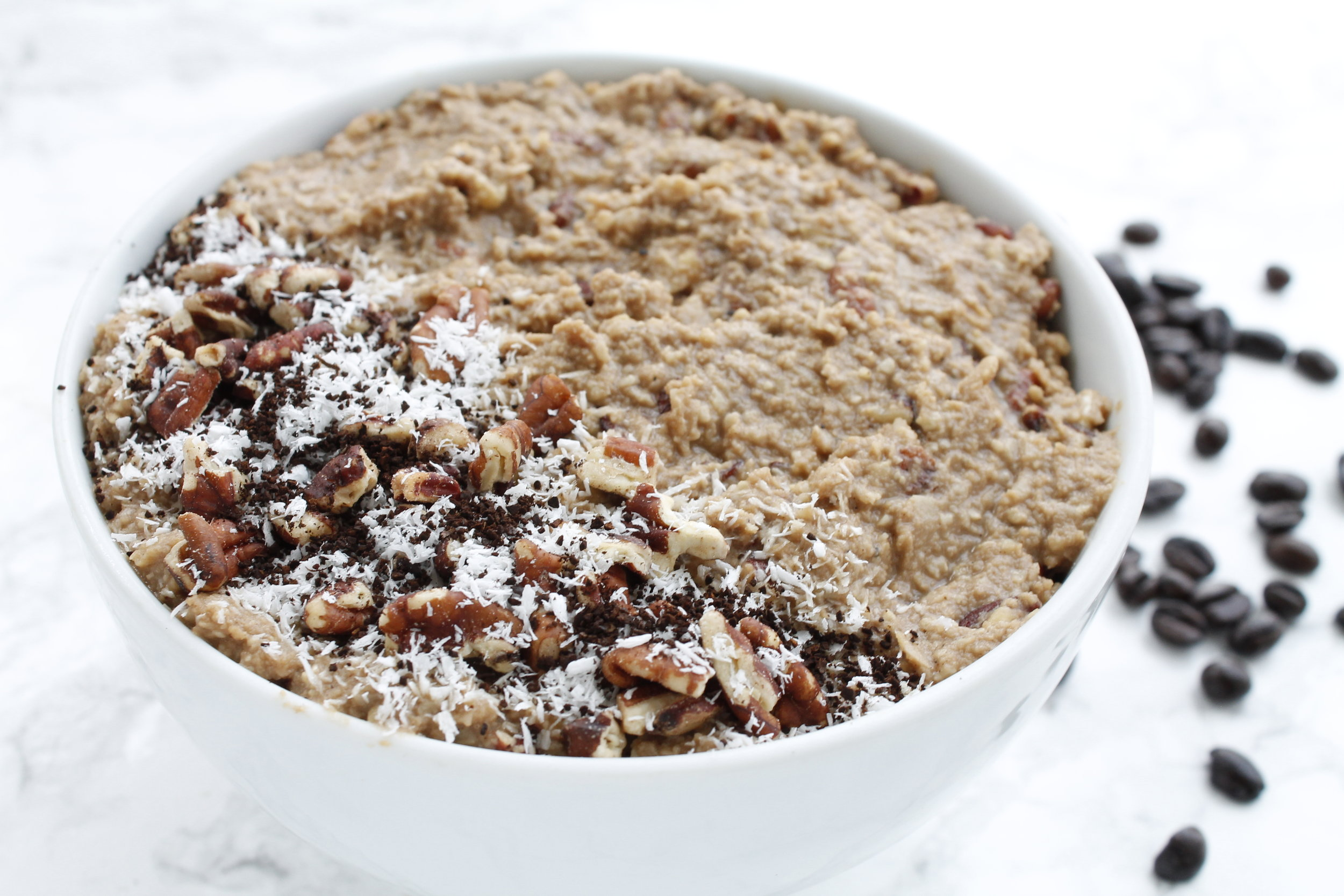 Paleo Coffee No-Oats Oatmeal || This paleo oatmeal is grain free, gluten free, dairy free, refined sugar free AND Specific Carbohydrate Diet friendly! The perfect paleo friendy alternative to cozy oats. #specificcarbohydratediet #scddiet #paleooatmeal