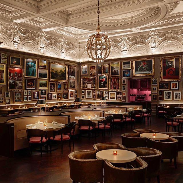 The Berners Tavern, still one of the best restaurants in London. Such a sexy interior. Perfect for those special dates. #londonedition #bernerstavern #london #a2dtravel #romance #sexyinterior #design #travel #instapic #instatravel #foodies #lifeisbeautiful #explorelondon