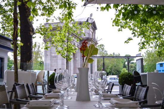 La Terraza Ikebana Ramseslife Madrid Restaurant