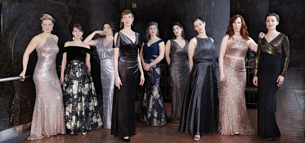 """There is No Rose"" - Lorelei Ensemble"