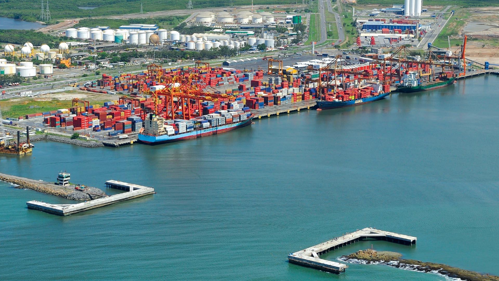 Suape Port in Cabo de Santo Agostinho (PE)