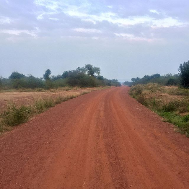 On the road again, one last time. Getting close to Burundi on #thewalkafrica