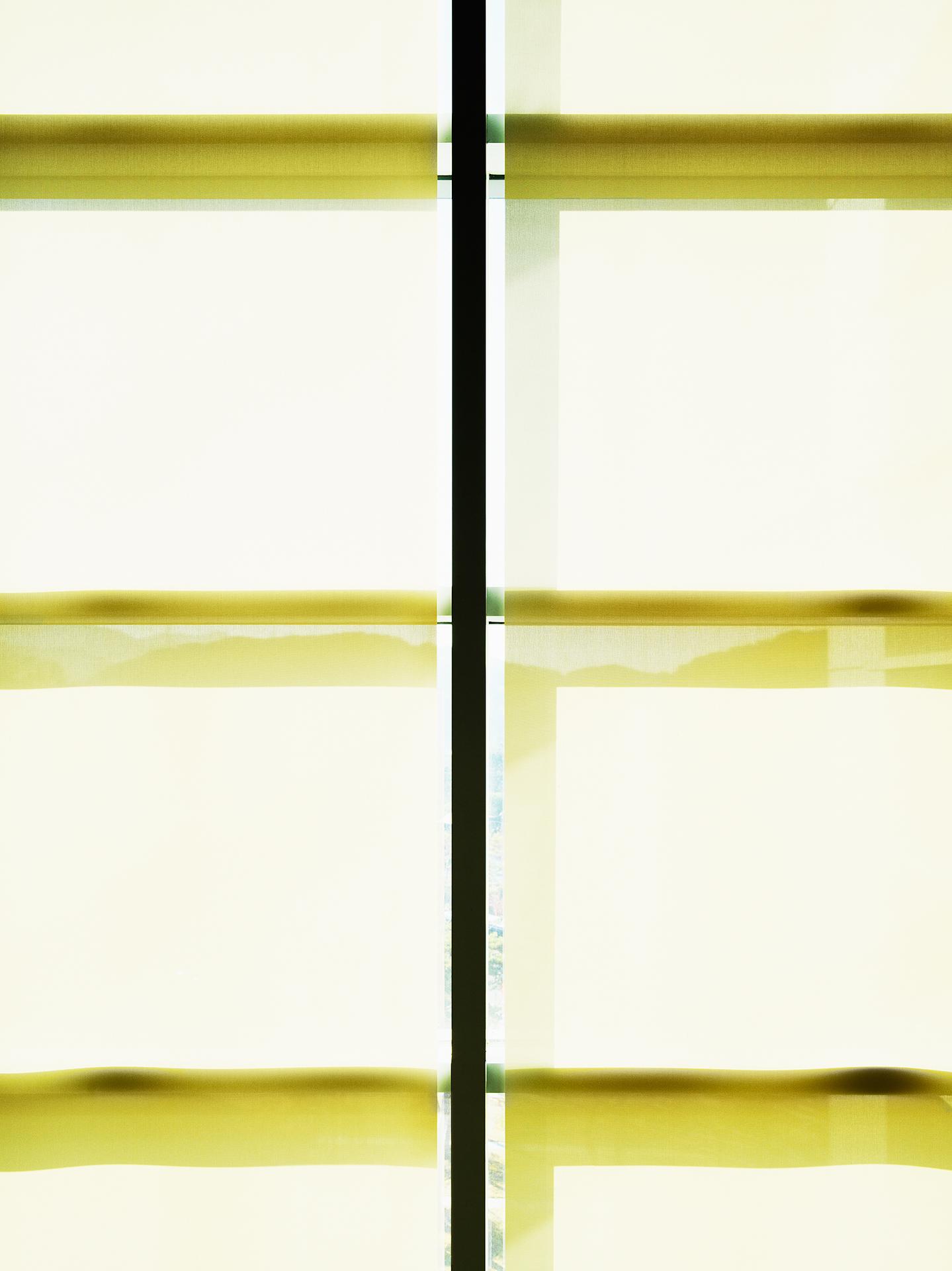 Light Flow : lf, Cl-25   pigment print, diasec, framed  94 x 70cm, 2015