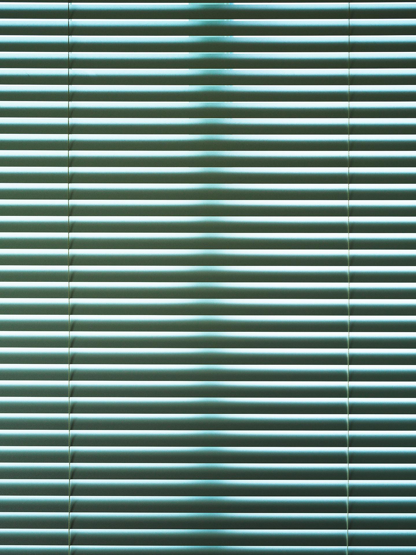 Light Flow : lf, Pe-66   pigment print, diasec, framed  120 x 90cm, 2016