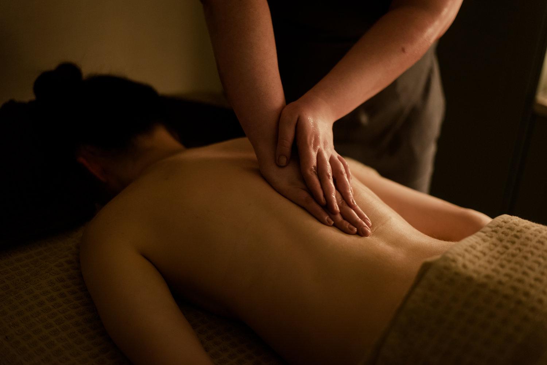 Osprey+Spa+Back+Massage.jpg