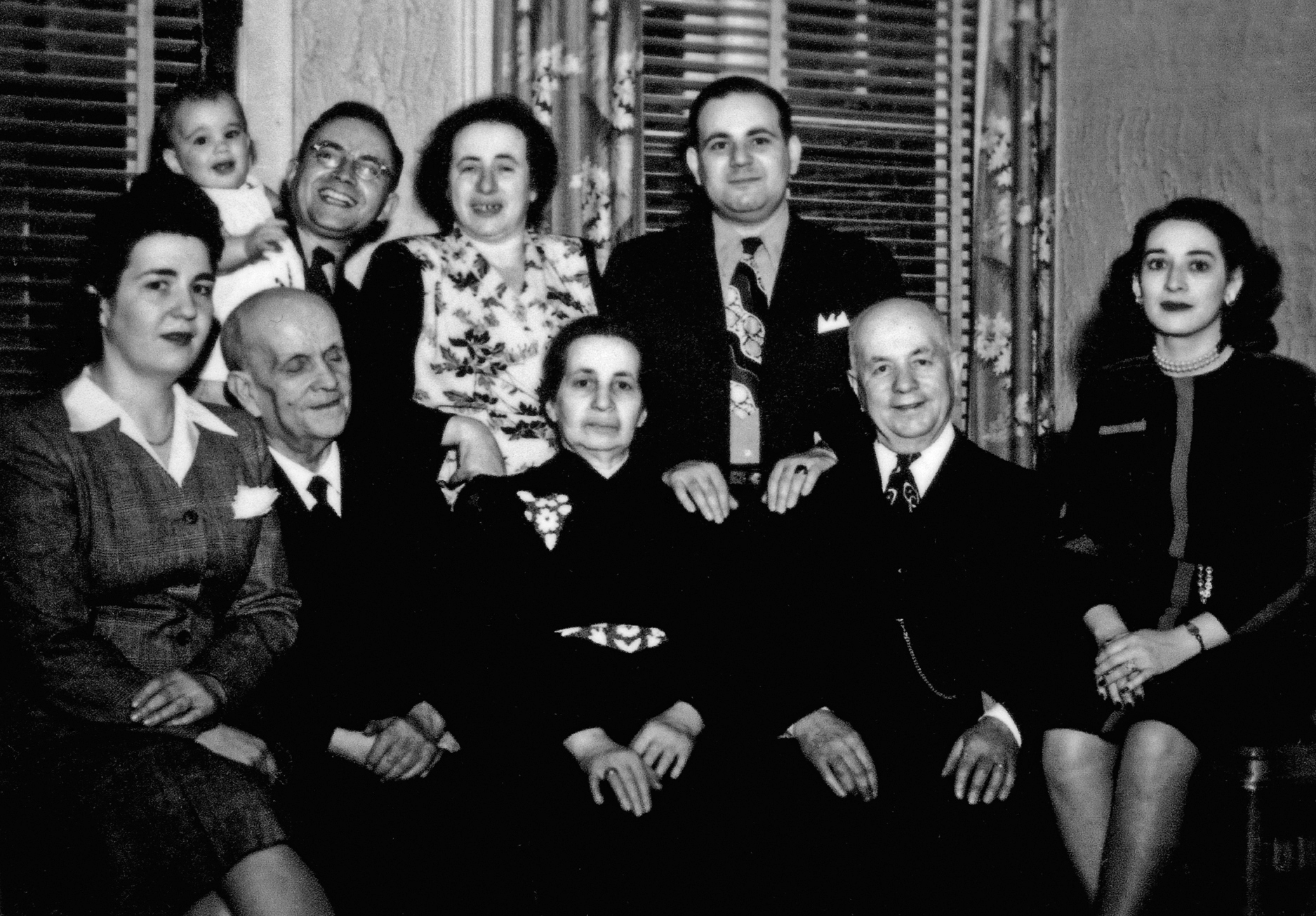 Kurt and his family he rescued 1945.jpg