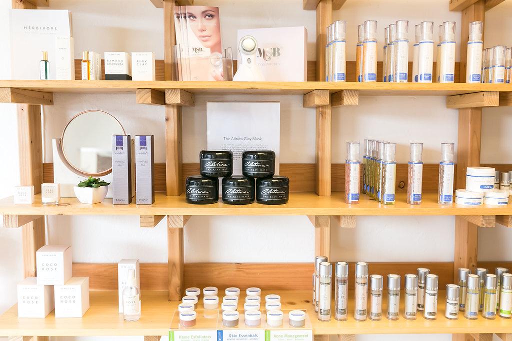 Maven Skin and Beauty Clean Beauty Skin c014are  Nail Salon  Organic Facials .JPG