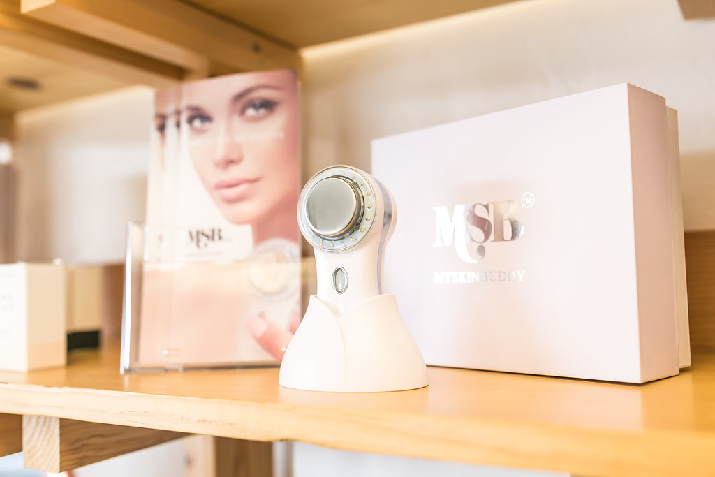 Maven Skin and Beauty Clean Beauty Skin c020are  Nail Salon  Organic Facials .JPG