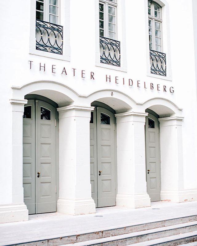 Das Interview mit Holger Schultze, dem Intendanten des Heidelberger Theaters, gibt es jetzt online zum Nachlesen. #immobilien #interview #kultur #heimburgerimmobilien #heidelberg #theaterhridelberg @theater_und_orchester_hd #21magazin