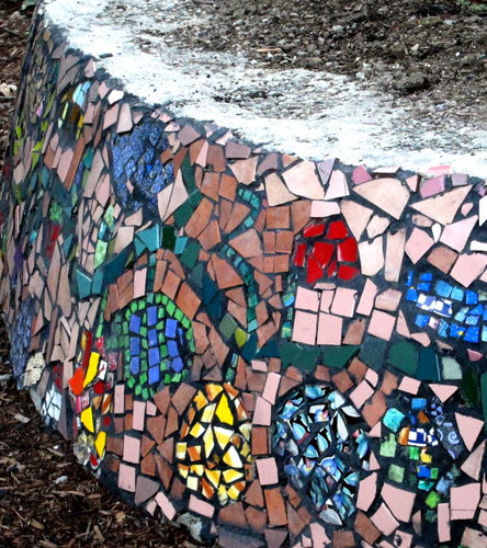 GARDEN MOSAIC | 2011 - Mosaic Entrance Wall for a Community P-PatchPartner: Friends of Spring Street P-PatchTeaching Artist: Lana Sundberg.
