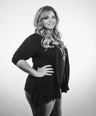 Ashley--splendeur-bio-pic-bw.jpg