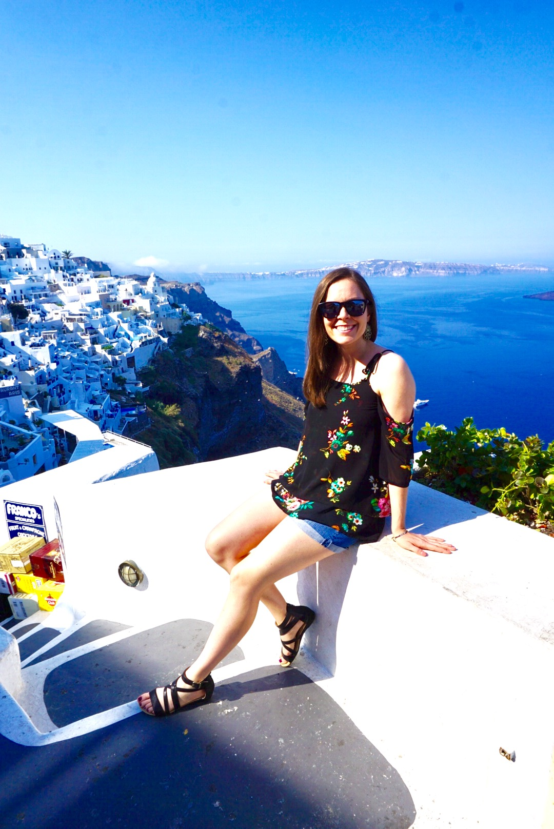 Meet Leah Deppert - Leah is the creator of the wanderlust inducing travel blog By Travel & Error where she shares all of her travel tips, tricks and inspiration from her very own getaways. Leah also happens to be one of the most authentic individuals I've ever come across. This week, Leah will be sharing her easy 4 step process on how-to map out your travel plans for the back half of 2019.
