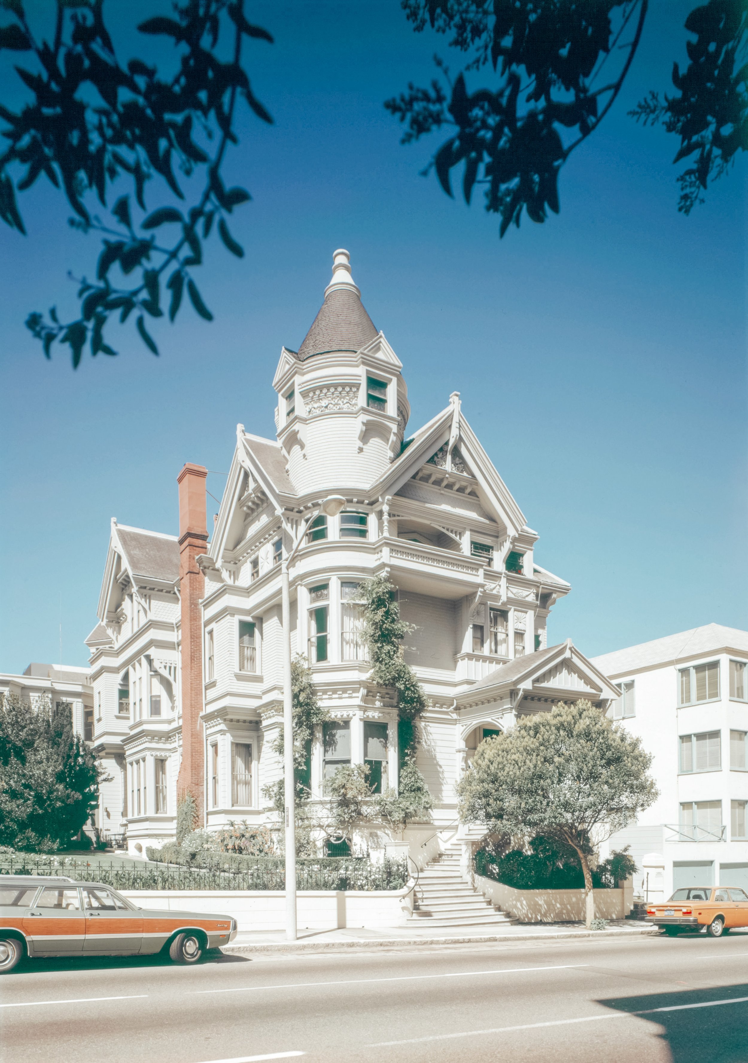 Haas-Lilienthal_House__San_Francisco_ 2.JPG