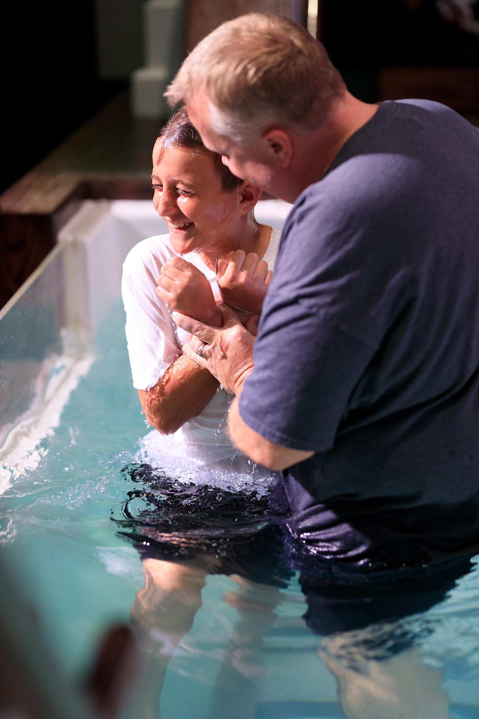 20181007-Sunday-PM-Baptism-Worship-0068.jpg