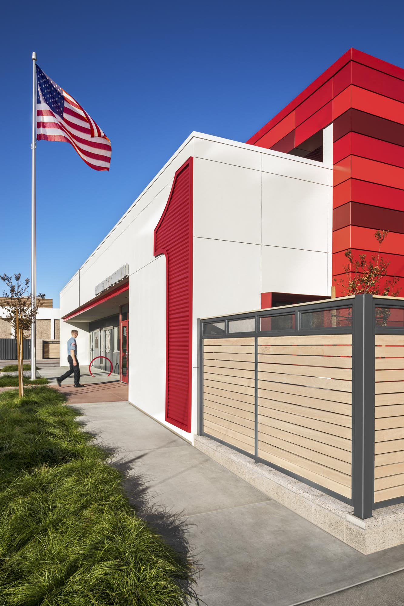 Costa-Mesa-Firestation01.jpg