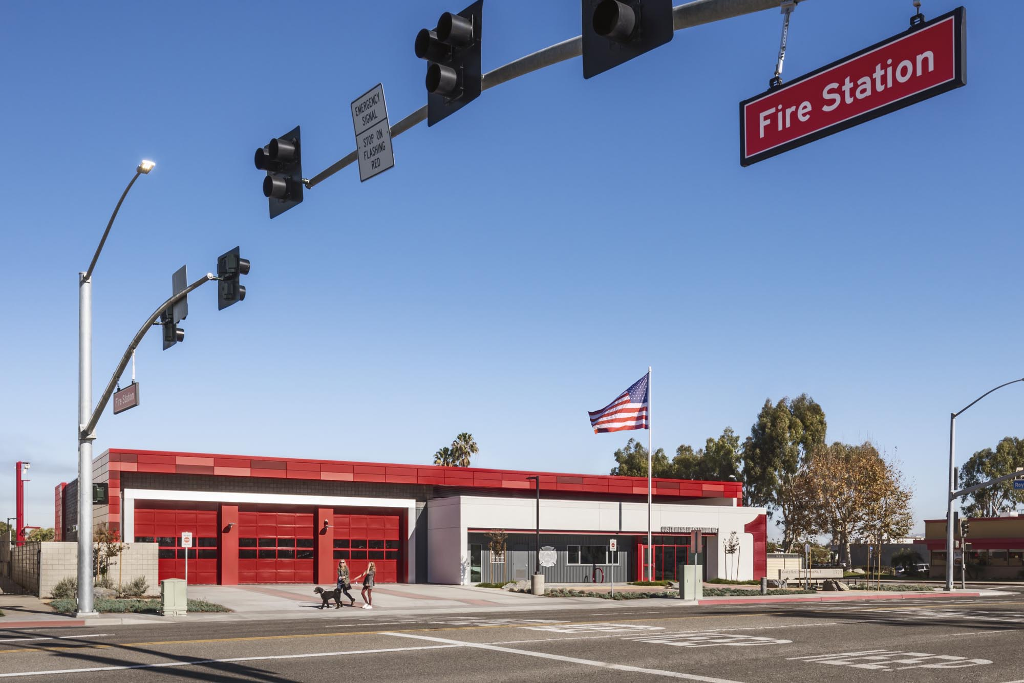 Costa-Mesa-Firestation08.jpg