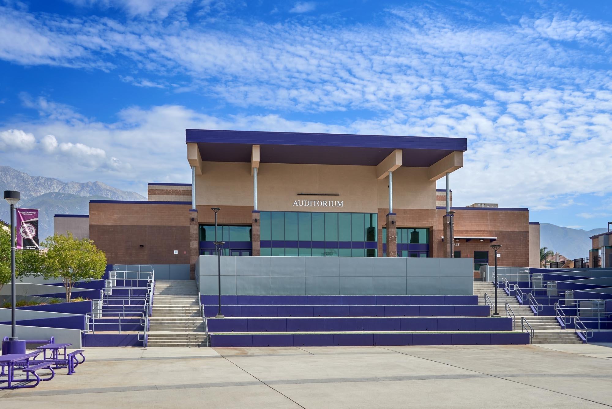 Rancho-Cucamonga-HS-Auditorium06.jpg