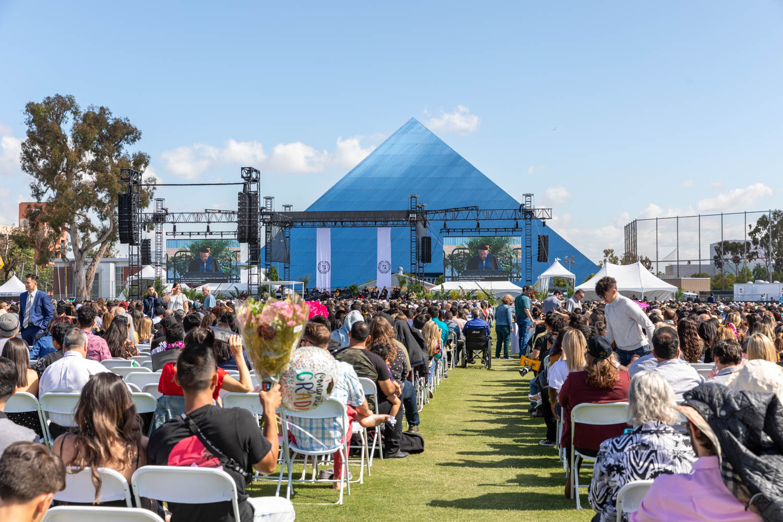 Cal State Long Beach Graduation WEB (15 of 27).jpg
