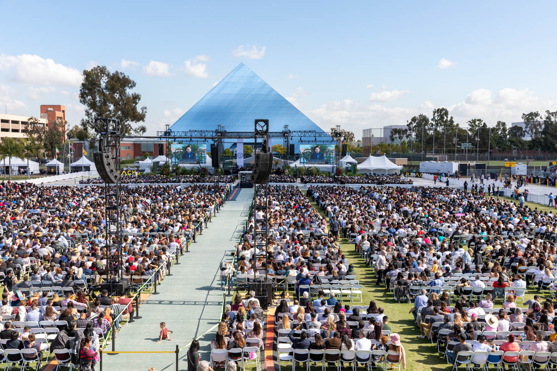 Cal State Long Beach Graduation WEB (16 of 27).jpg
