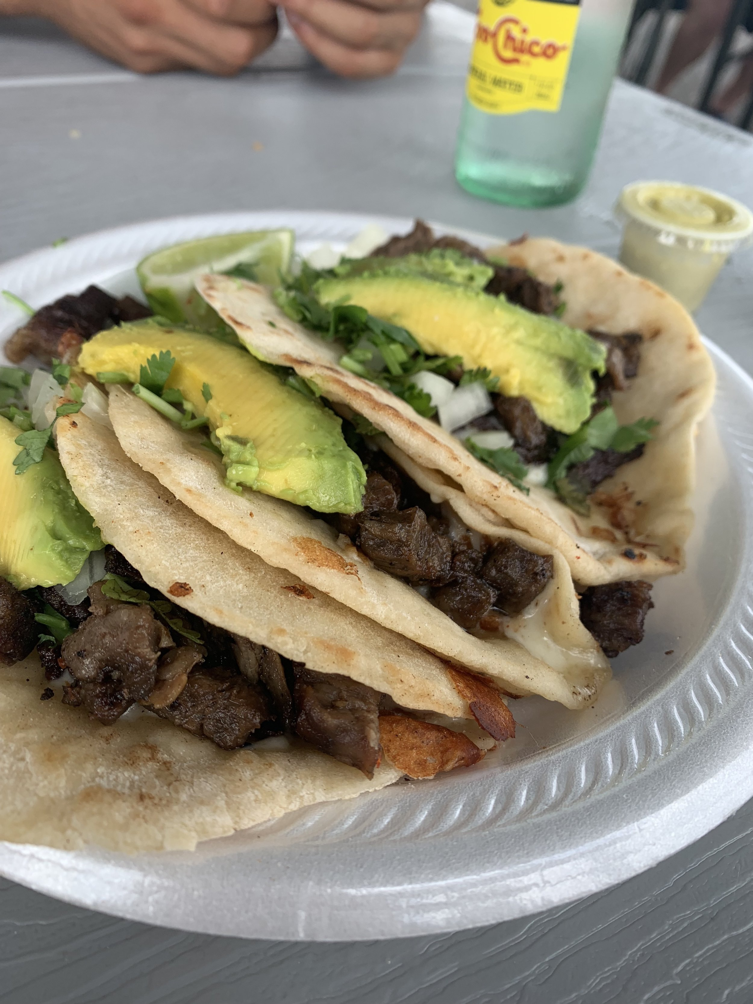 Rosita's Al Pastor - Food Truck: Off Riverside and I35What to Order:Suiza Tacos with Beef and AvocadoI usually order 2-3 tacos depending on how hungry I am 😜