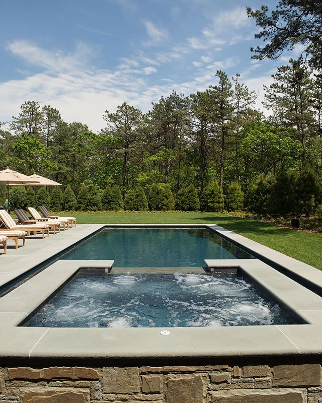 Pools have always been an integral part of the Hamptons home outdoor experience. Our pools and spas are architectural statement pieces that have you and your lifestyle in mind, whether it's to swim laps, cool off after a long run, or to just relax with a glass of wine in your spa. ⁣⠀