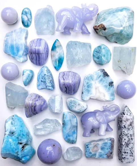 Blue Lace Agate - This stone is known for easing anxieties and providing positive, supportive vibrations.