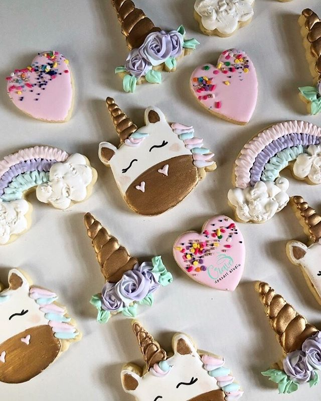 Would you believe me if I told you I've only been doing sugar cookies a month? I've been studying hard!! I love this unicorn set so much!! Can't wait to keep growing! 🦄🦄 . . #Crave #CraveDessertStudio #Syracuse #Syracusebakery #SyracuseTreats #syracuseeats #cuseeats #upstateny #macarons #chocolatecoveredoreos #chocolatecoveredstrawberries #Chocolatecoveredpretzels #candyapples #chocolatecoveredricekrispies #blackowned #desserttable #cupcakes #edibleart #cravecups #customcakes #decoratedsugarcookies #customcookies #cookiedecorating #sugarcookies