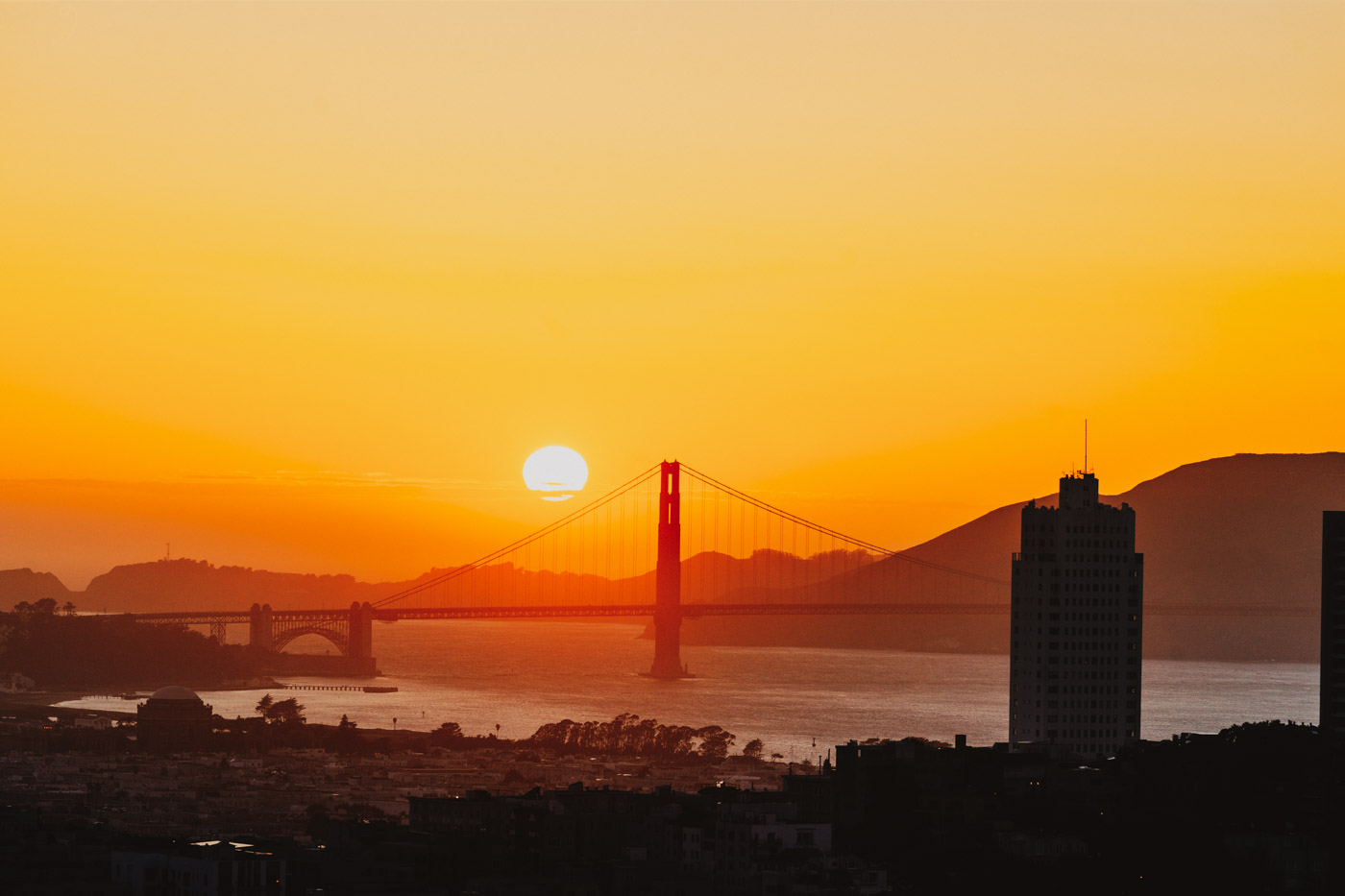 golden-gate-bridge-loews.jpg