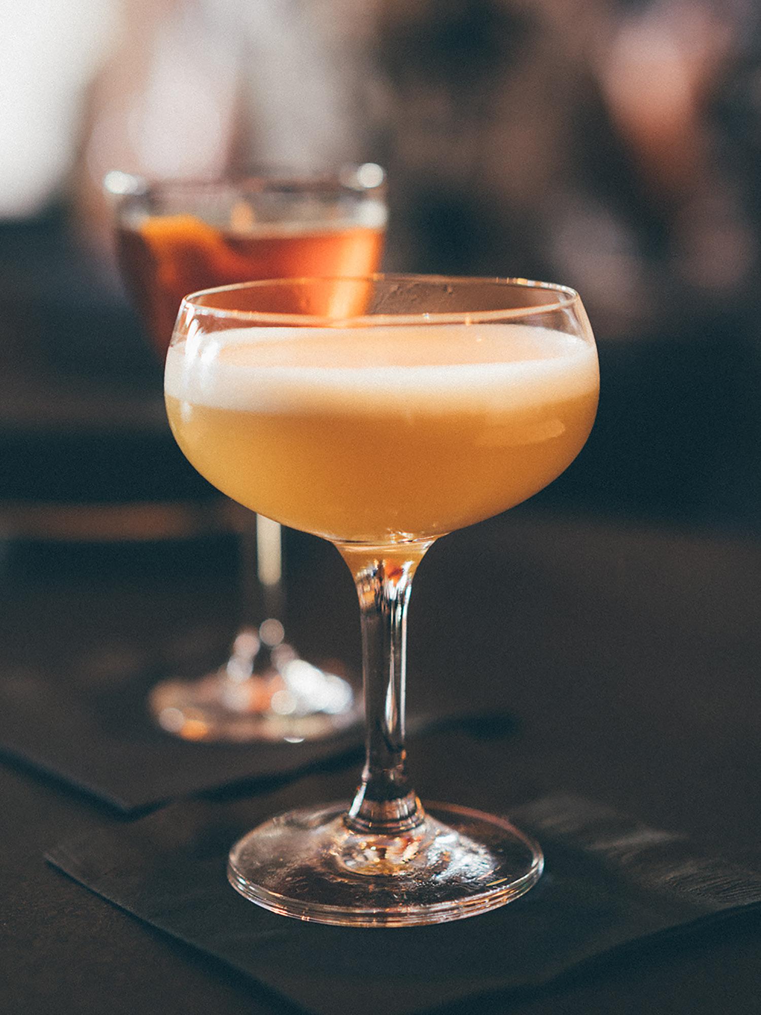 laszlobar-cocktail.jpg
