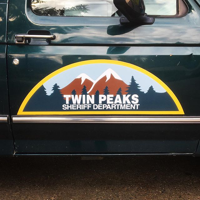 If you have to get pulled over, hope for Andy. #twinpeaks #snoqualmie