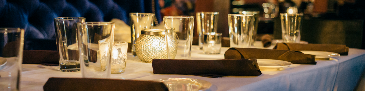 bluecouchtablesetting-1400x350.png