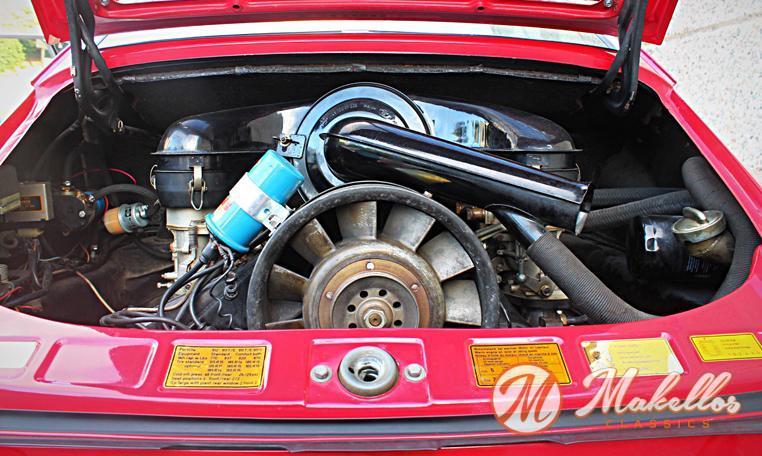 1969-porsche-911t-red-makellos-classics-engine.jpeg