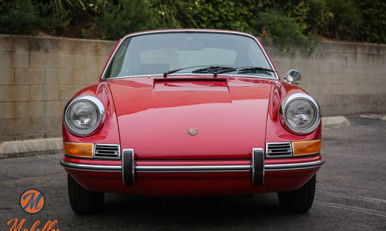 1969-porsche-911t-red-makellos-classics-front-view.jpeg